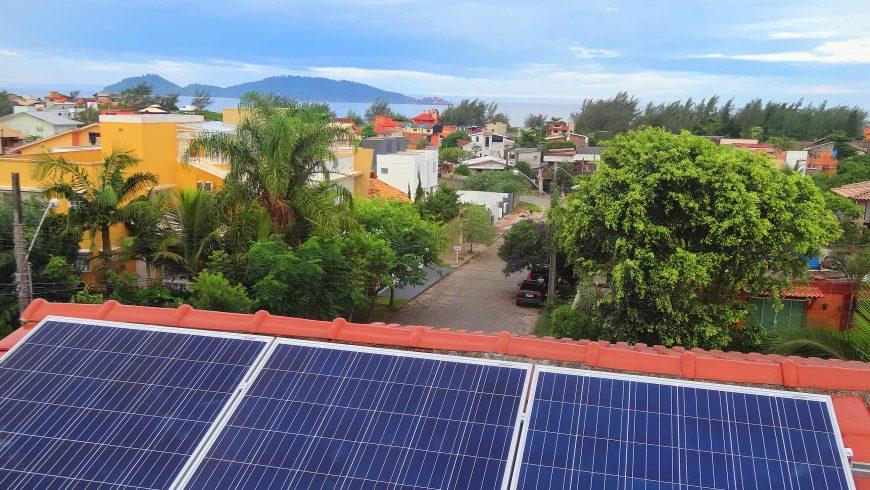 Sobrado no Campeche – painéis solares sustentam 75% do consumo