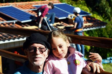 Agrônomo norte americano projeta casa com energia solar no Brasil